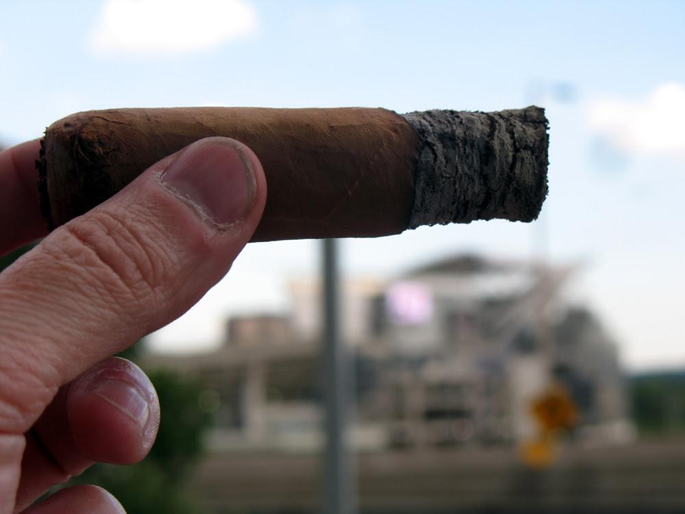 NUB cigar on the tweetdeck