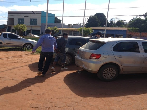 Suspeito foi preso pelo Sevic e encaminhado ao presídio masculino (Foto: Júnior Freitas/G1)