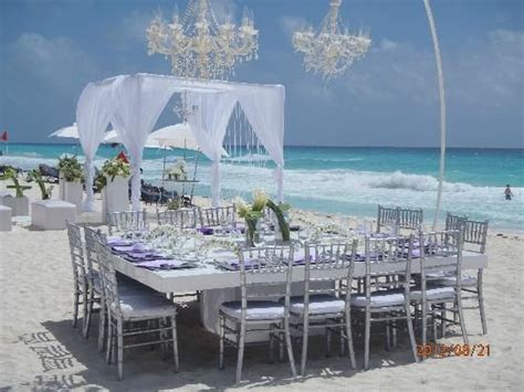 Best 25  Beach wedding setup ideas on Pinterest   Wedding