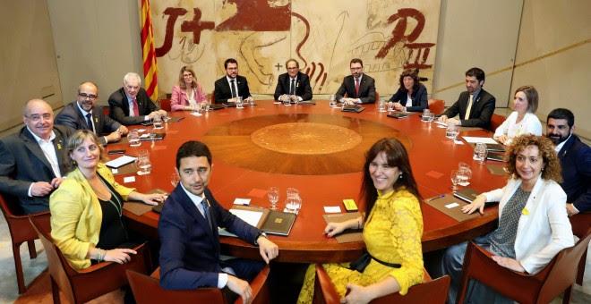 El presidente de la Generalitat, Quim Torra, ha presidido la primera reunion del nuevo Govern tras el acto de toma de posesion de los consellers. EFE/Toni Albir