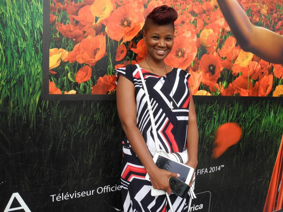 La fotógrafa Joana Choumali, en Abiyán.
