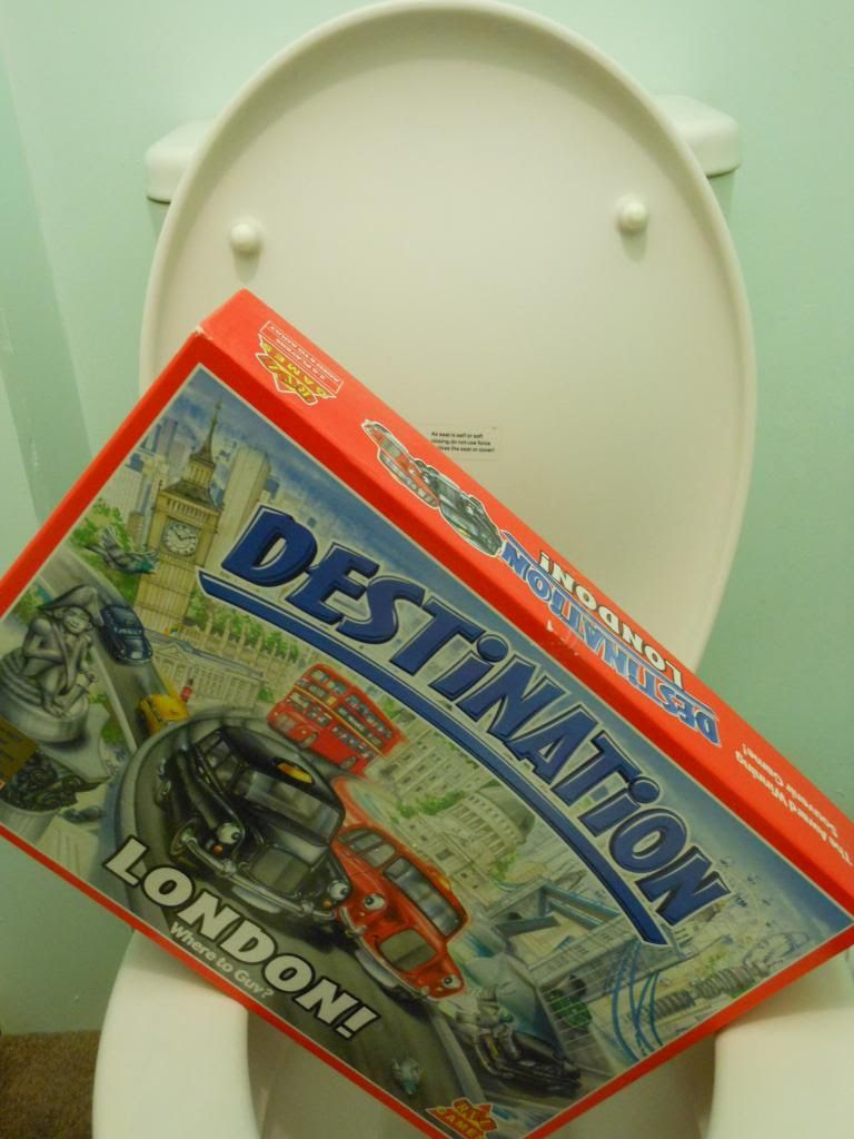 Destination London FLUSH