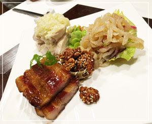 「銀座アスター津田沼賓館」にて、定番3品の前菜盛り合わせ。