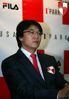 Busan boss Hwang Sun-hong