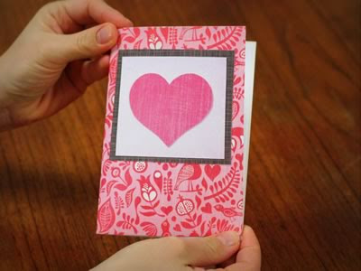 kissing lips origami valentine card front view