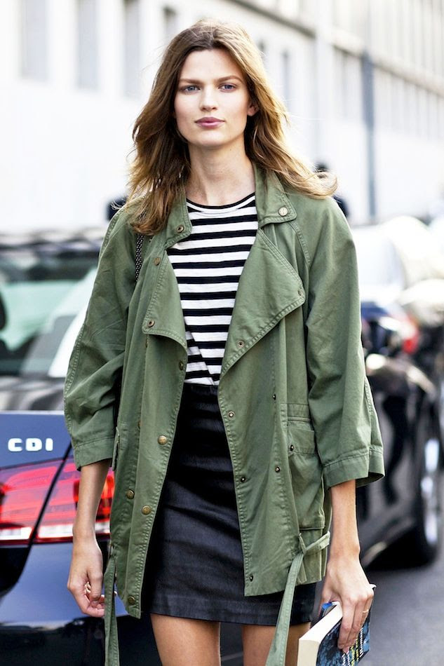 Le Fashion Blog Model Off Duty Milan Street Style Bette Franke Green Army Jacket Black Leather Mini Skirt photo Le-Fashion-Blog-Model-Off-Duty-Milan-Street-Style-Bette-Franke-Green-Army-Jacket-Black-Leather-Mini-Skirt.jpg