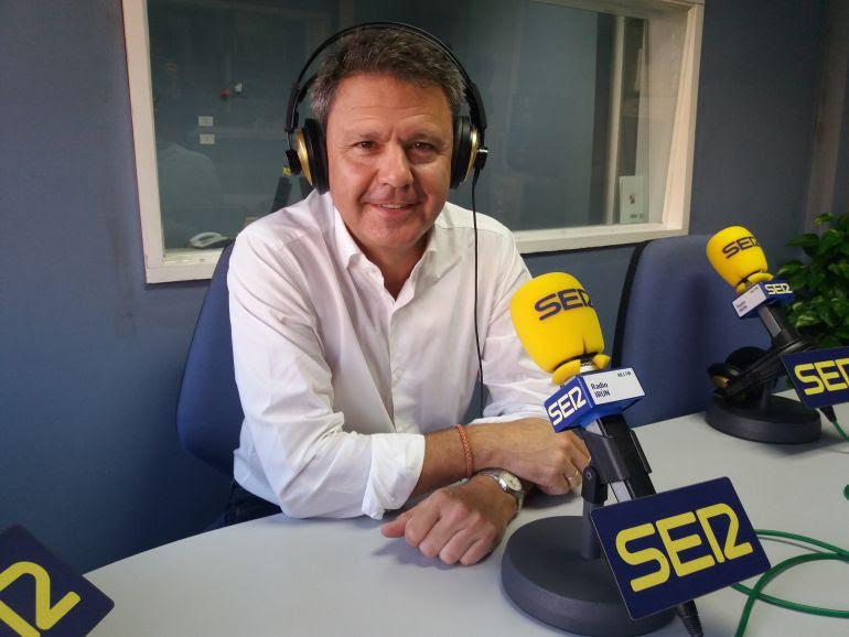 José Antonio Santano, alcalde de Irun en los estudios.
