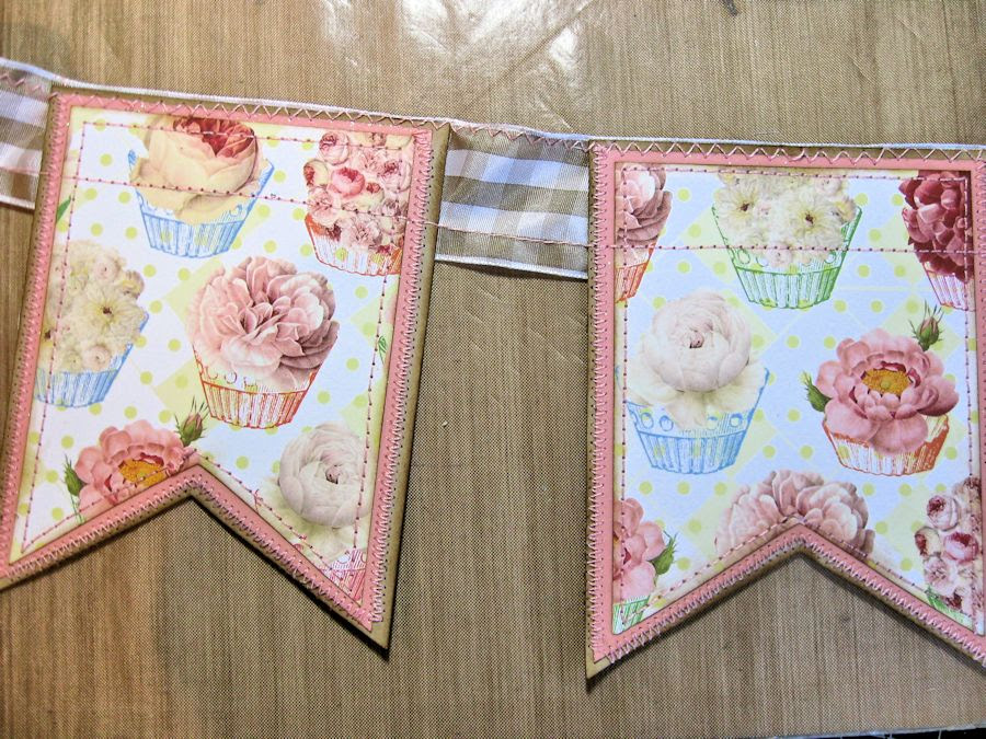 RRR Tute banner sewing