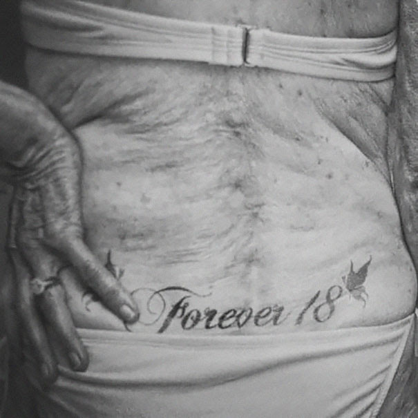 ancianos-tatuados (25)