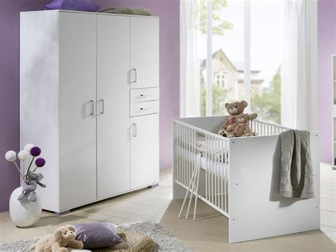babyzimmer komplett babymoebel wickeltisch babybett