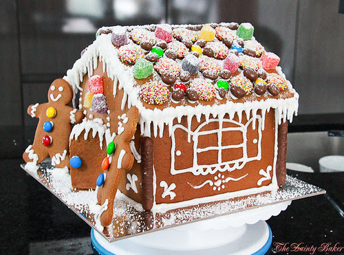Gingerbread house-11