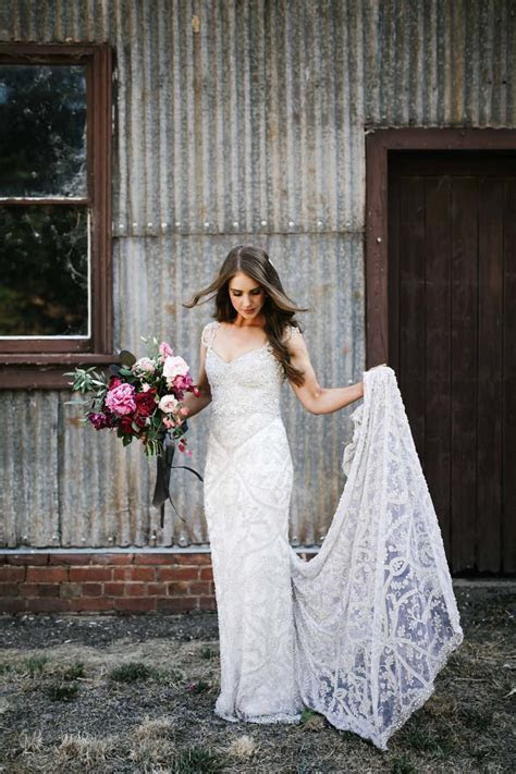 Amazing Wedding Dress Designer ANNA CAMPBELL'S Rustic Glam