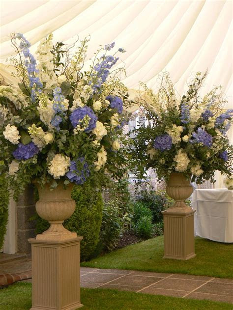 Ceremony Urn style, these can be white and green for