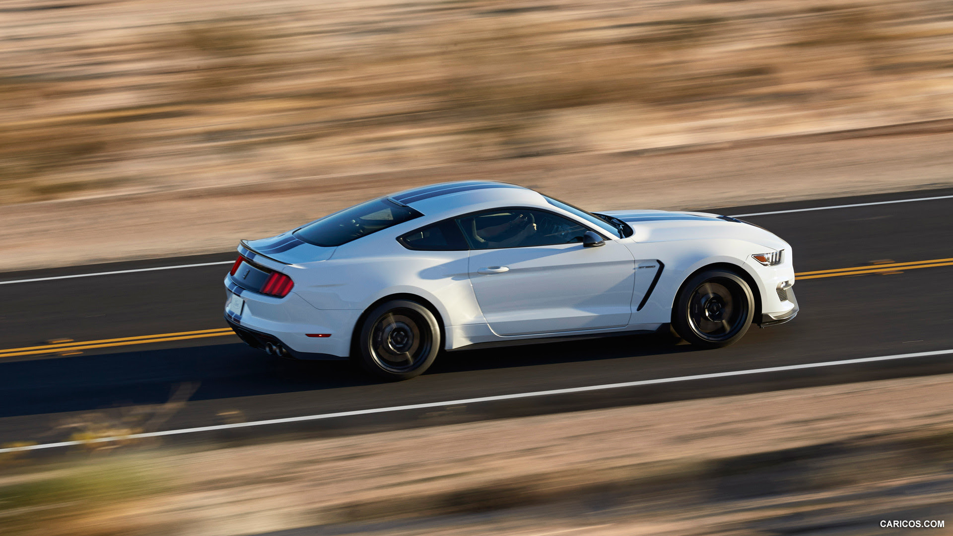 2016 Ford Mustang Shelby GT350 - Side | HD Wallpaper #7 | 1920x1080