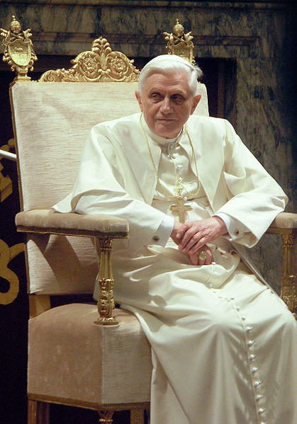 Archivo: Papa Benedictus XVI enero, 20 de 2006 (2) mod.jpg