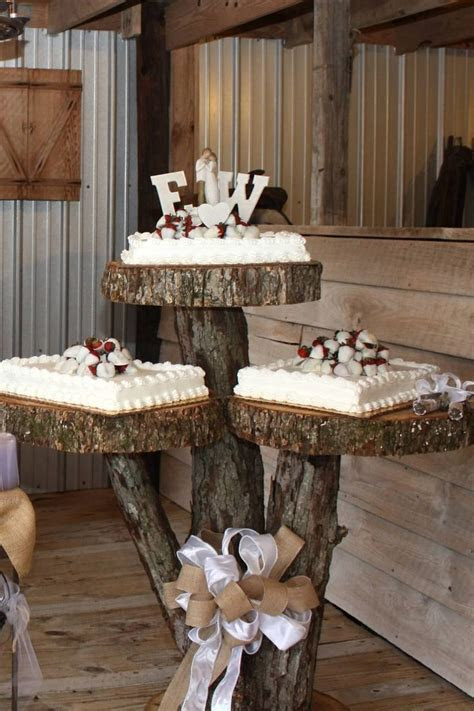 Best 25  Rustic Cake Tables ideas on Pinterest   Barn