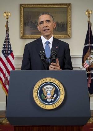 O presidente dos EUA, Barack Obama, anuncia uma mudança na política em relação a Cuba em discurso na Casa Branca