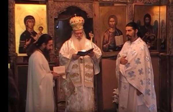 Η ελληνική εκπομπή Περπατώντας στον τόπο μας (βίντεο)