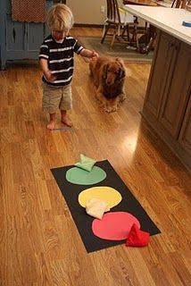 Stoplight beanbag toss