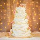 Crooked Tree Coffee and Cakes   Great Falls, MT Wedding Cake