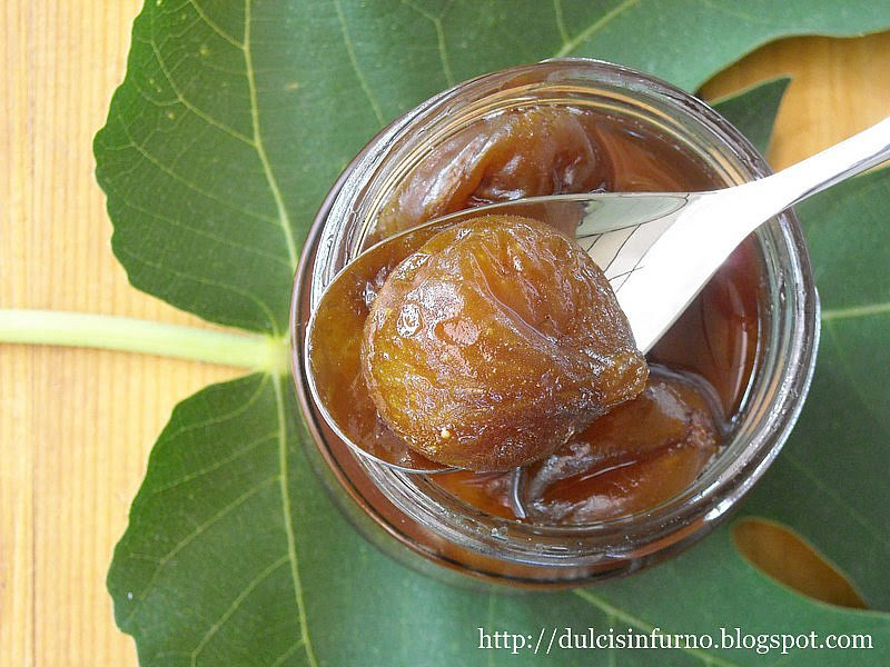 Fichi Caramellati alla Cannella-Caramelized Figs with Cinnamon