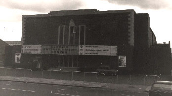 The CLASSIC ENTERTAINMENT CENTRE! Low Fell, Tyne & Wear.
