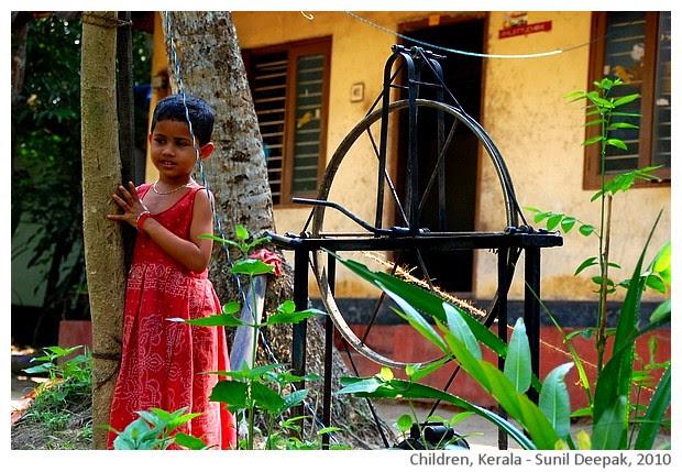 Children , Kerala, India - images by Sunil Deepak, 2010
