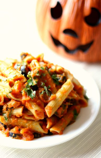 Creamy-Autumn-Pumpkin-Pasta /Strength and Sunshine