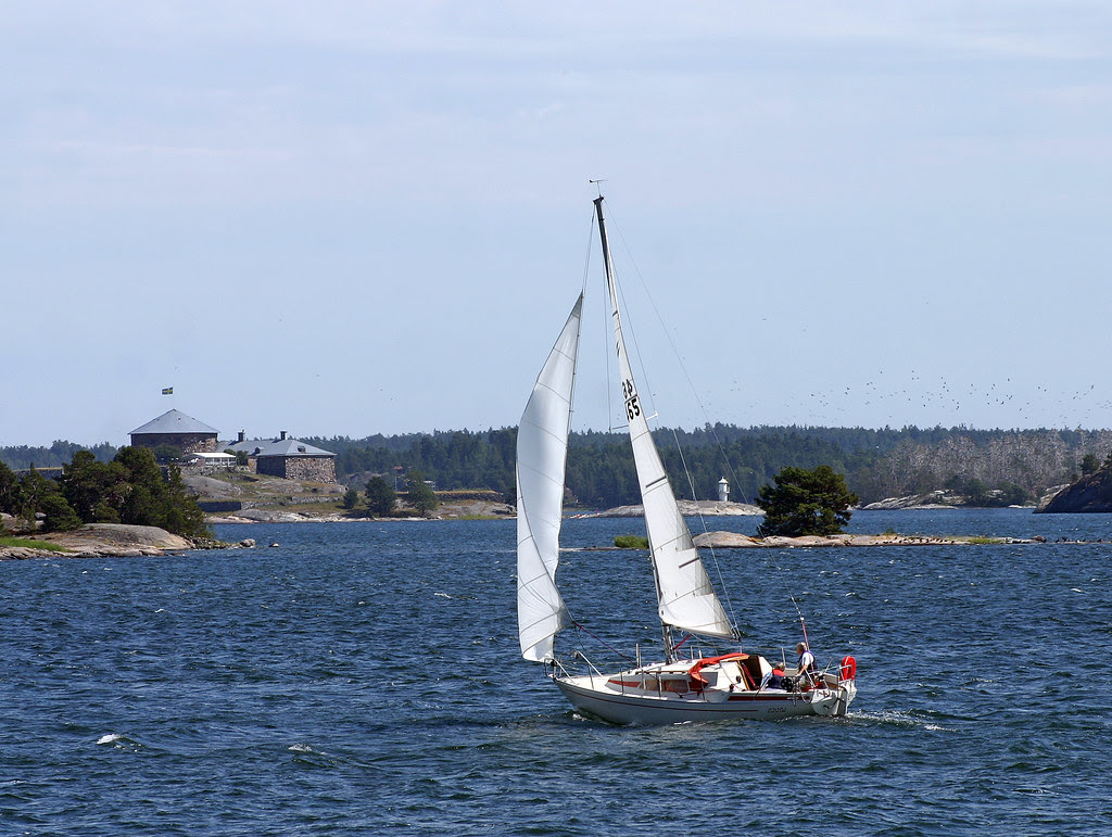 Sailing towards Dalarö