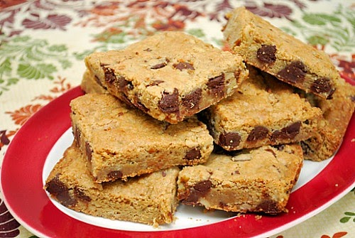 Levain S Copycat Chocolate Chip Cookie Bars What S Cookin Chicago