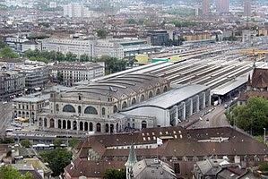 Zuerich Hauptbahnhof-2.jpg