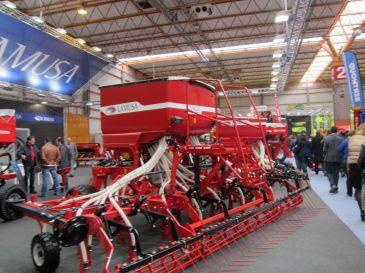 La inversión en maquinaria agrícola en CyL alcanzó los 156 millones en 2011, un 17% más que en 2010