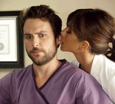 Dr. Julia Harris (Jennifer Aniston) loves making advances on Dale Arbus (Charlie Day) in HORRIBLE BOSSES.