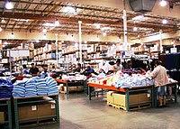 The interior of a typical :en:Costco :en:wareh...