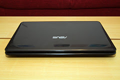 ASUS X5EAE: front and top