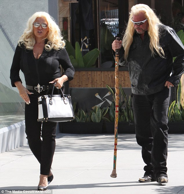 what does dog the bounty hunter 39 s wife look like now