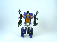 Transformers Bombshell - modo robot (G1)