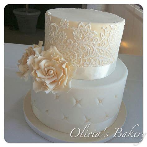 Vintage Lace & Rose Wedding Cake   CakeCentral.com