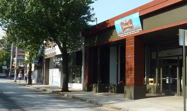 P1060950-2012-04-28-780-N-Highland-storefront-renovation-complete-full-detail