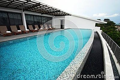 infinity-pool-design-roof-top- ...