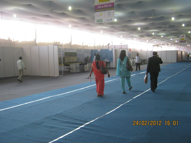 Property Buyers - Visit Sakal Gudi Padwa Gruhotsav 2012, New Agriculture College Ground, Range-Hills, Sinchan-Nagar Pune 411 020