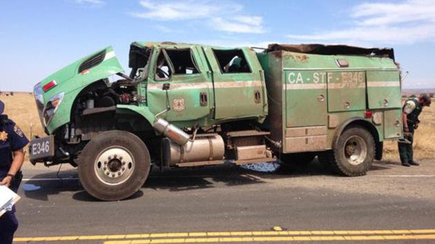 6 people, including 5 firefighters, injured in crash near Clovis