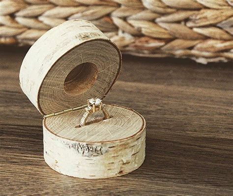 Best 25  Ring boxes ideas on Pinterest   Natural wood