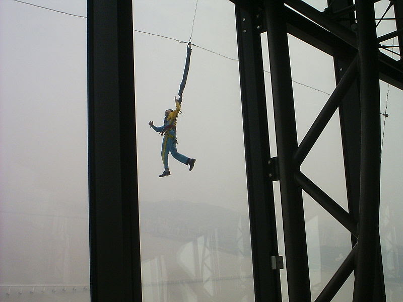 File:Bungee jumping outside Macau Tower.jpg