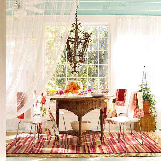 Sunroom with cheer curtains