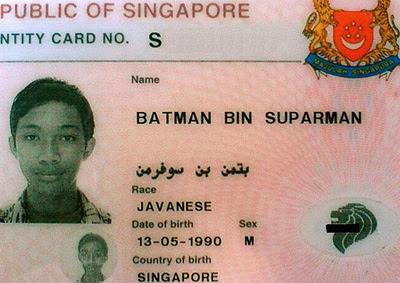 Batman bin Superman's identity card