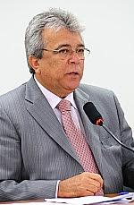 Dep. Almeida Lima (PMDB-SE)