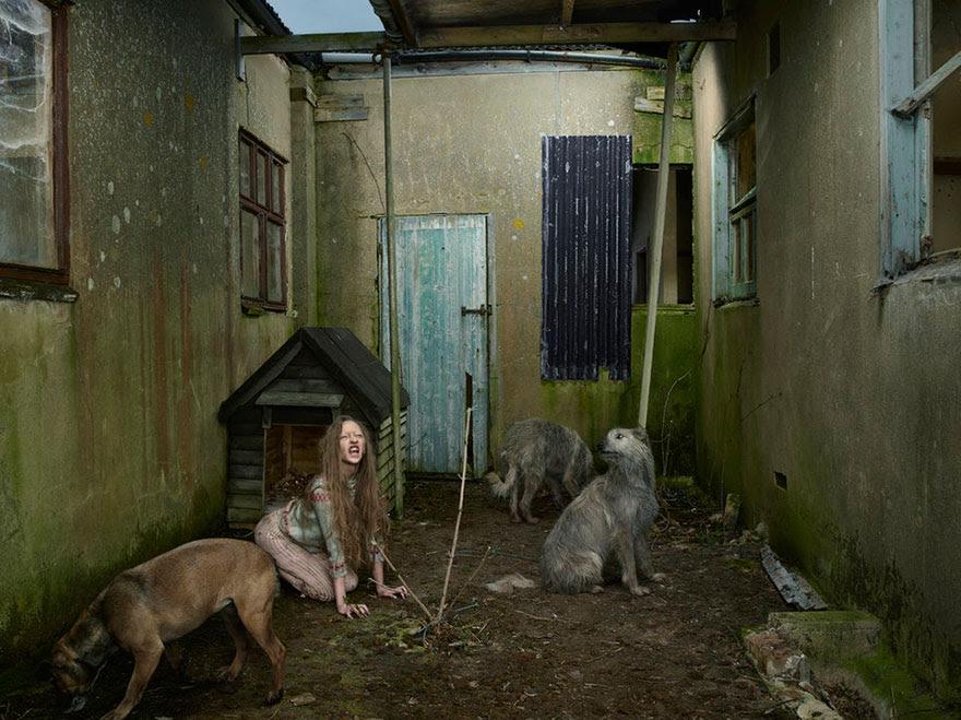 feral-children-wild-animals-photos-fullerton-batten-10