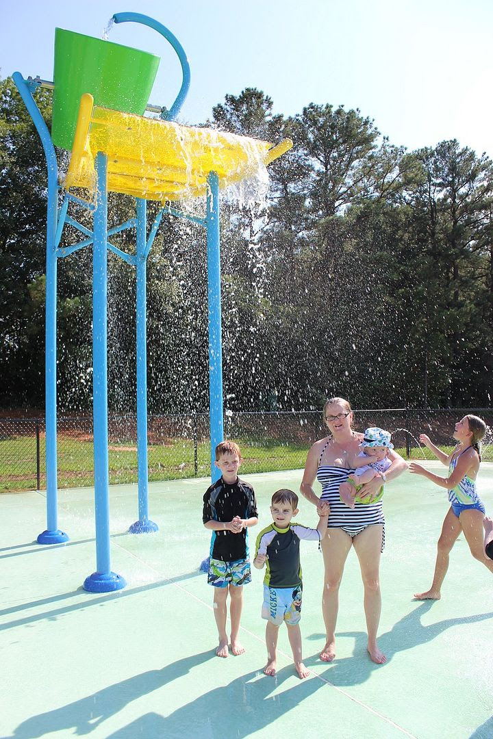 photo splash28_zpswq8msewc.jpg