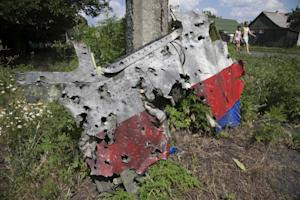 Shrapnel damage on Malaysia plane consistent with missile…